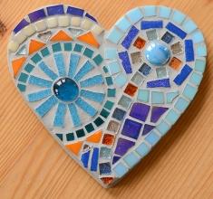 blue-mosaic-heart